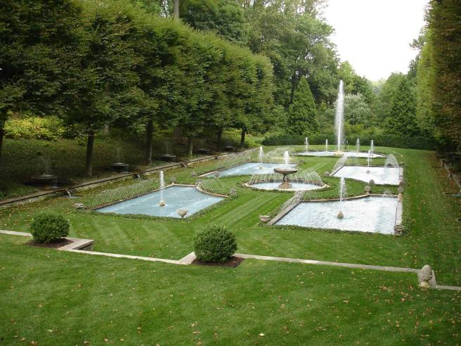 italian gardens fountains longwood