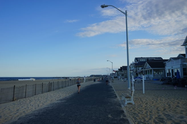 walking running at beach