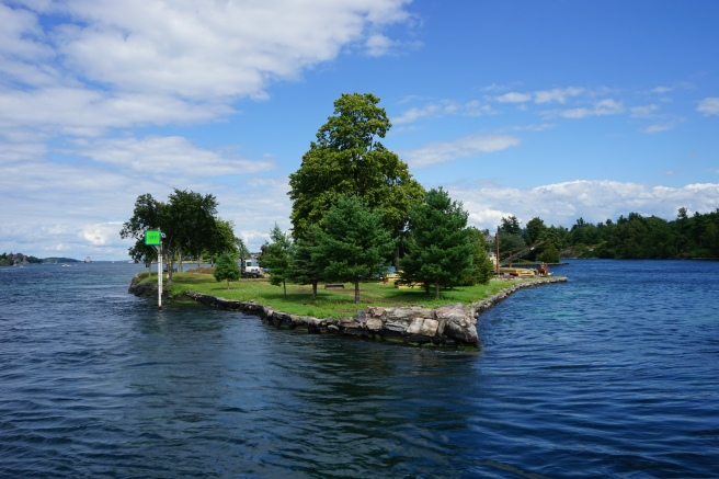 how to reach boldt castle