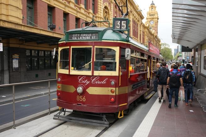 melbourne free tram 35