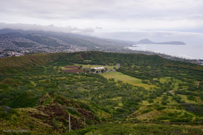 diamond head volcano crater